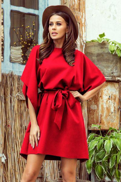 Červené krátke šaty s voľnými rukávmi a viazaním