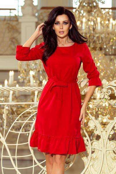 Červené voľné šaty s viazaním okolo pása a nazberanými rukávmi