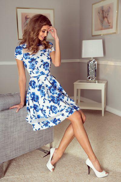 Bielo modré farebné letné šaty s kvetmi