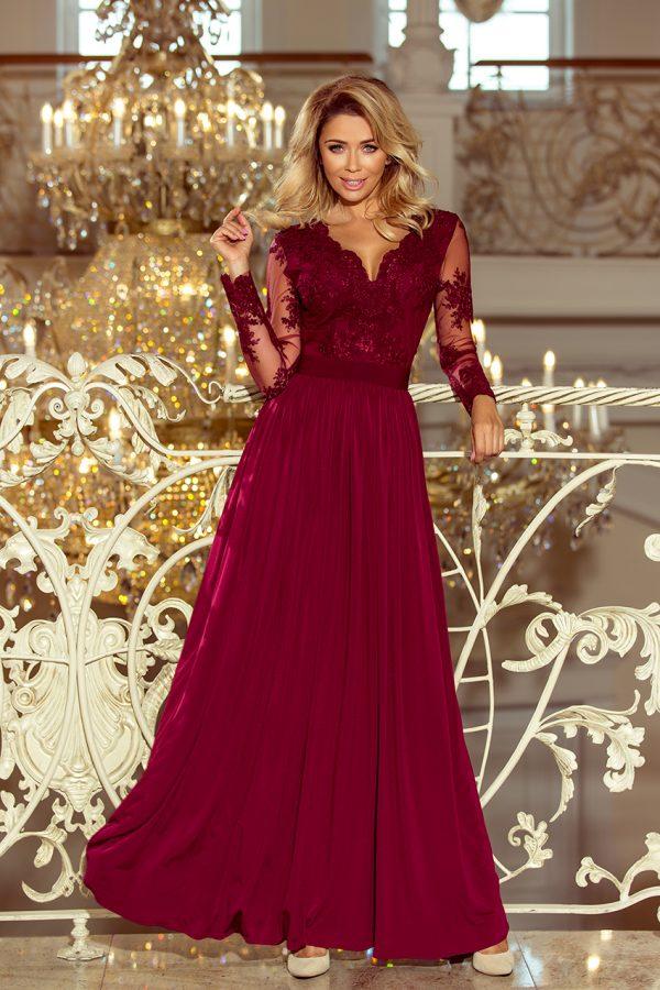 Bordovo červené dlhé spoločenské šaty s vyšívaným výstrihom a dlhým rukávom