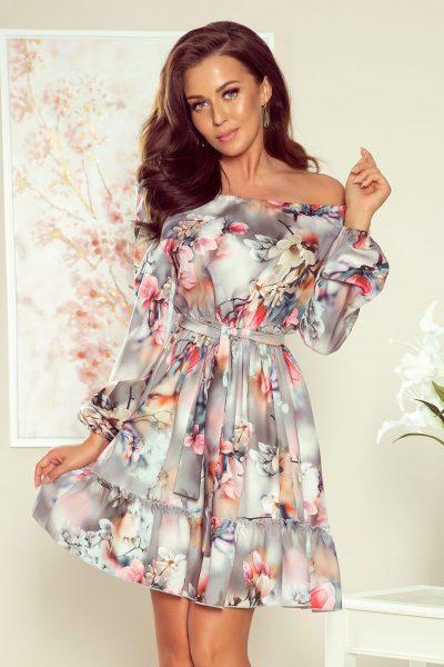 Farebné kvetované nazberané krátke šaty so spustenými ramenami a viazaním