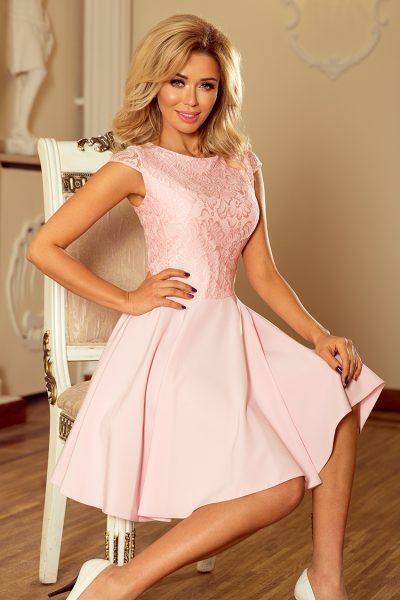 Pastelovo ružové elegantné čipkované šaty