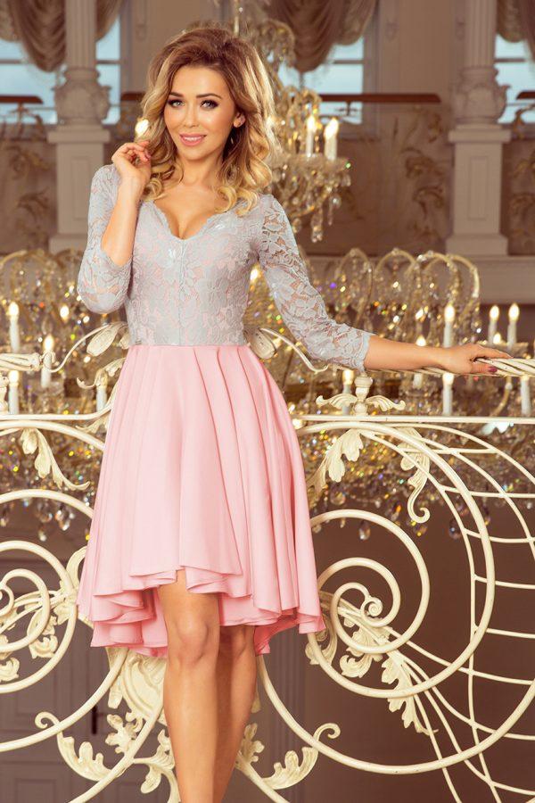 Pastelovo ružovo sivé spoločenské šaty s čipkovaným výstrihom a asymetrickou sukňou