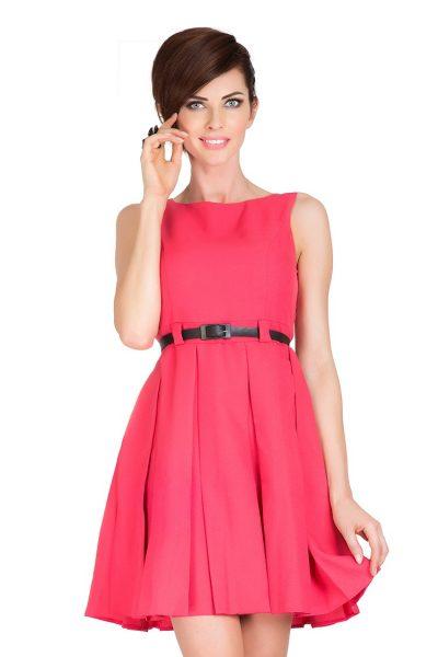 Ružové korálové rozšírené šaty s opaskom
