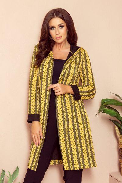 Teplý sveter s kapucňou a vreckami s vrkočovým vzorom