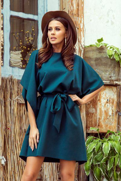 Tmavo zelené krátke šaty s voľnými rukávmi a viazaním