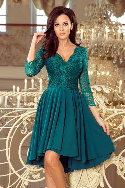 Zelené spoločenské šaty s čipkovaným výstrihom a asymetrickou sukňou