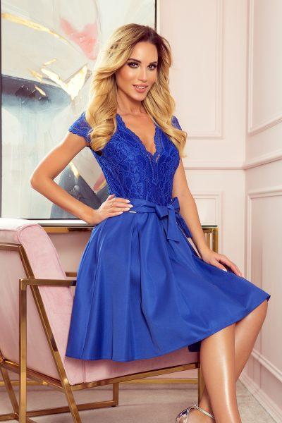 Modré elegantné rozšírené šaty s čipkovaným výstrihom