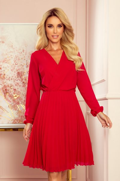 Červené voľné plisované šaty s dlhým rukávom